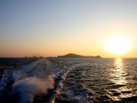 夕陽に映る高島